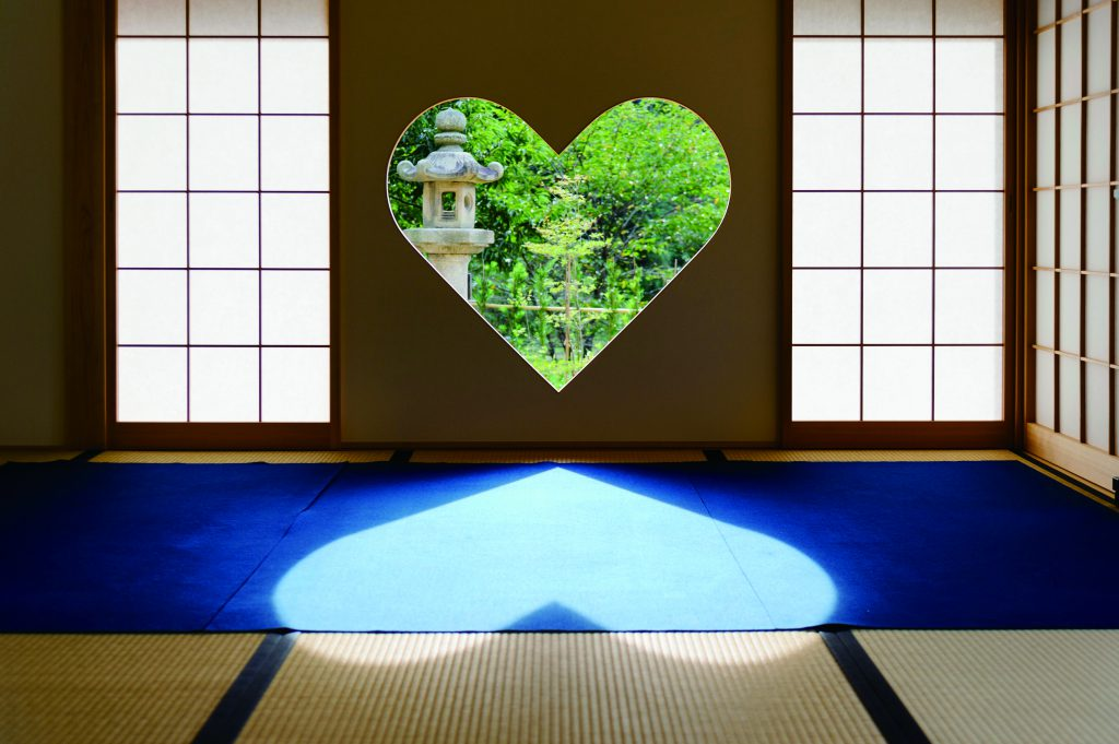 Buddhist temples and Shinto shrines. ② Shoju-in Temple in Ujitawara.